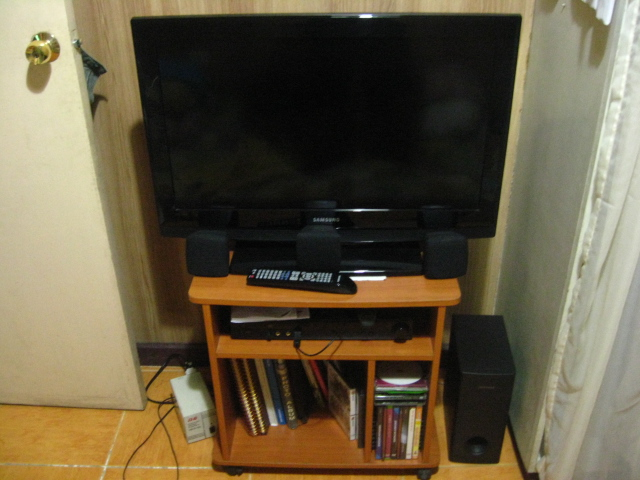 Samsung LCD TV + Home Theatre